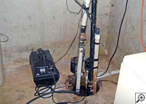 Pedestal sump pump system installed in a home in Salem