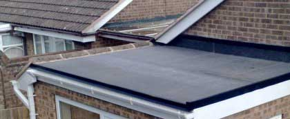Residential and commercial flat roofs in MA