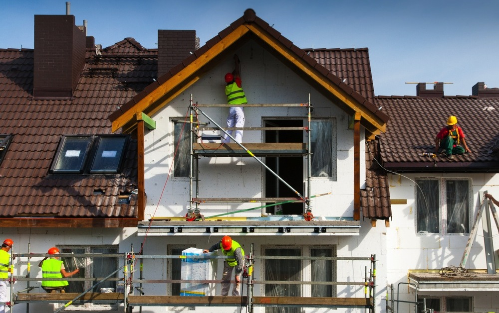 To hire painting contractors or to do it myself? Have you been considering painting your home on your own? Here...
