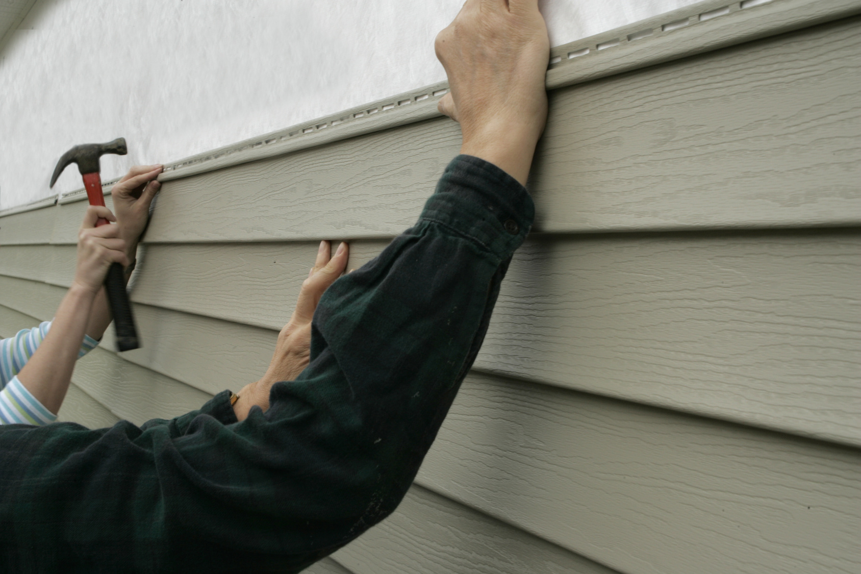 5_Clear_Signs_Your_Homes_Siding_Needs_to_be_Replaced