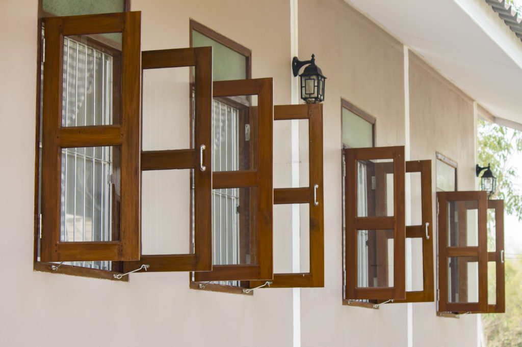 Wood windows are a timeless window choice for their organic touch and sophisticated texture. With the right window treatment, your wood...