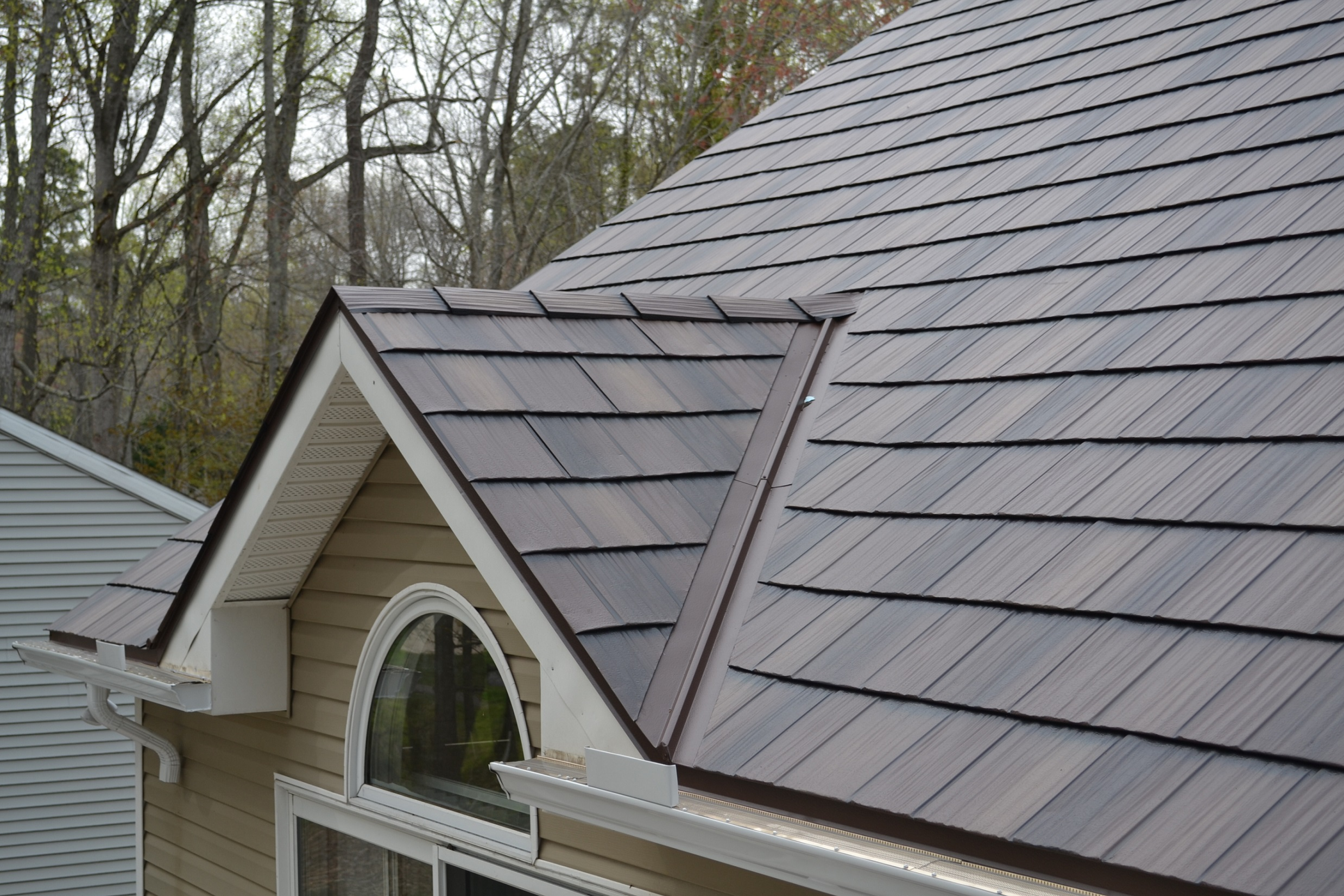 Comparing Metal Roofing Metal Shake Vs Metal Slate