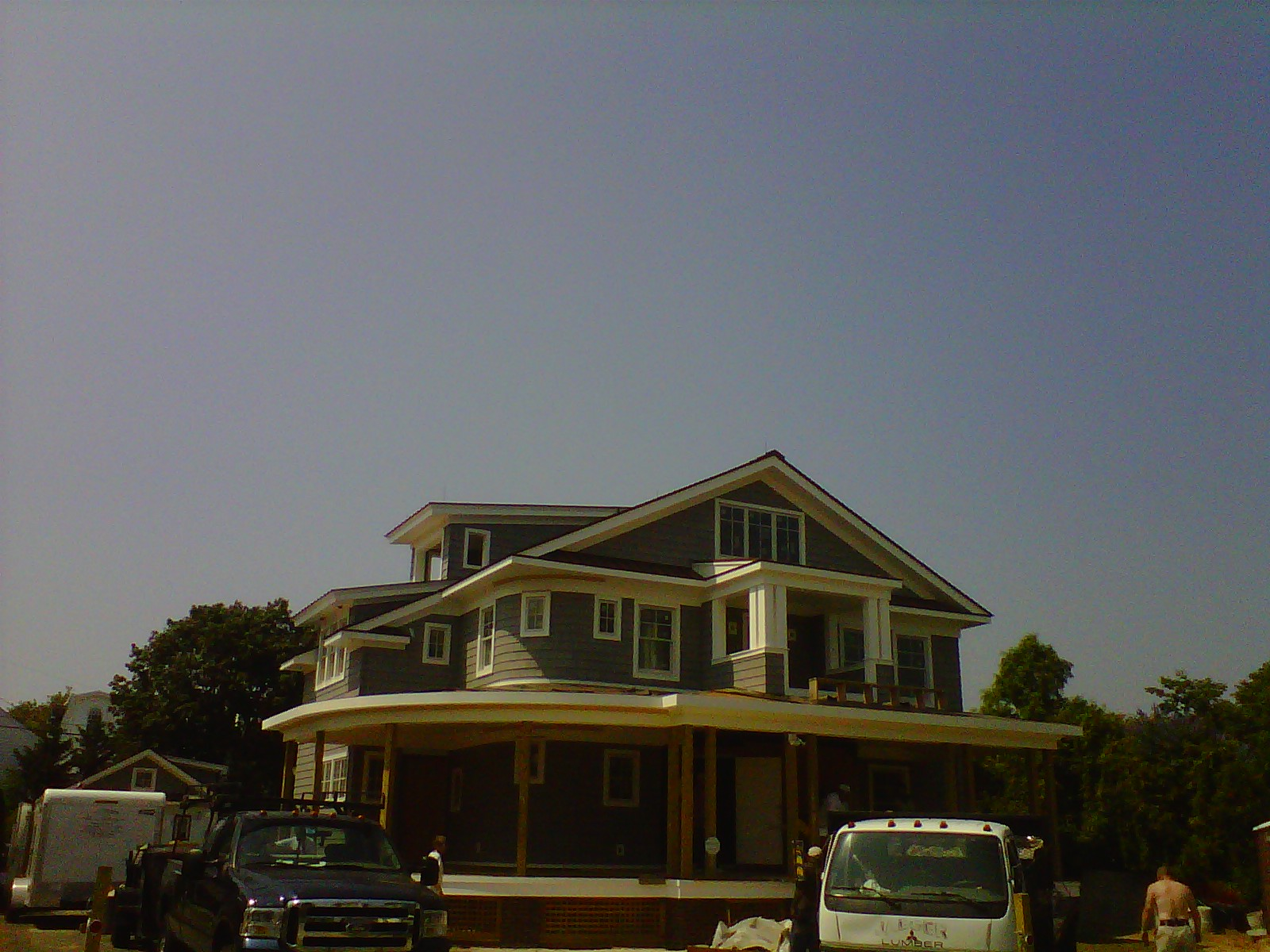 Coastal was contracted by Falcon Industries to insulate a new construction residence in Spring Lake, NJ. Open cell foam was...
