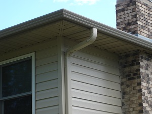 Seamless gutters installed on Mason City home