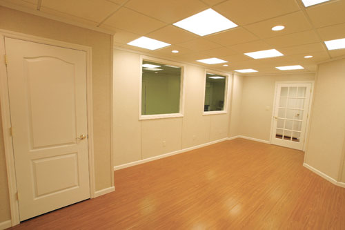 Basement flooring options basement floor finishing for Basement flooring options