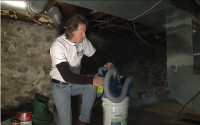 How to kill mold in a crawl space