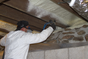 Installing spray foam in Brentwood