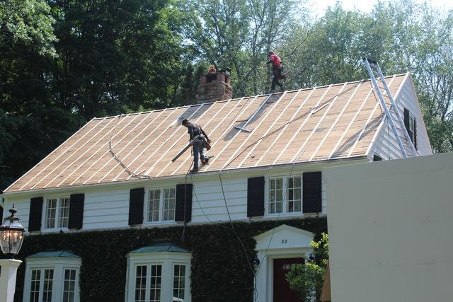 replace your roof in New Britain, CT